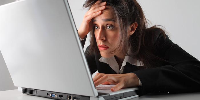 ноутбук не реагирует на мышь и клавиатуру