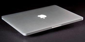 Apple выпустит новый MacBook Pro с OLED-дисплеем и сканером отпечатков пальцев